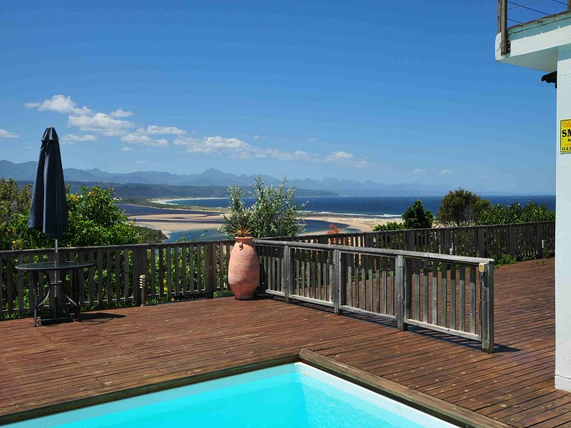 LUXURIOUS HOLIDAY ACCOMMODATION IN PLETTENBERG BAY, WESTERN CAPE