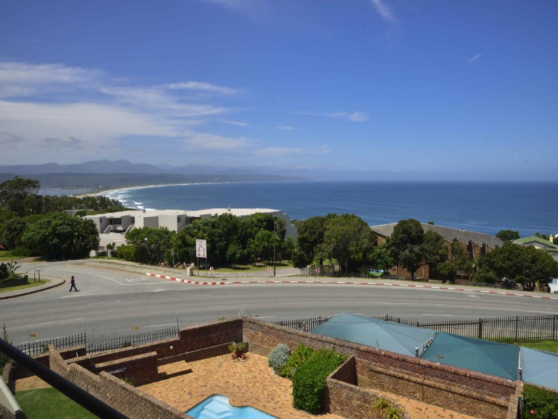 HOLIDAY APARTMENT IN PLETTENBERG BAY, GARDEN ROUTE